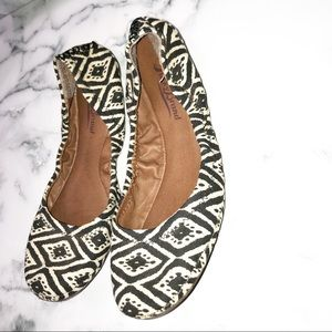 LUCKY BRAND | Print Stretch Flats 6.5